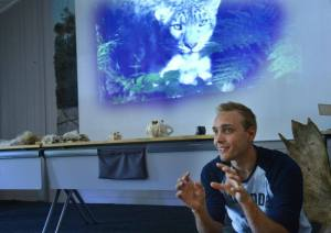Holding a talk on snow leopards at Järvzoo, July 2015.