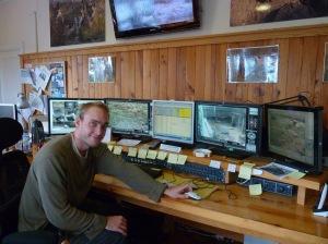 s2012-10-26-Jonatan-styrrummet2